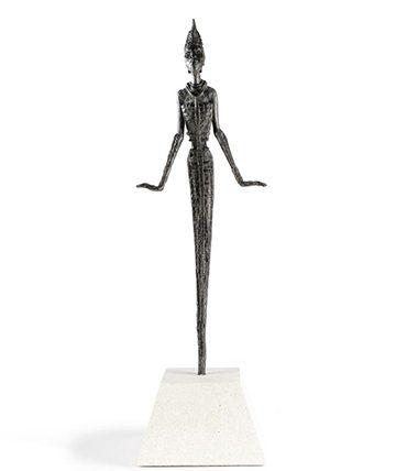 Anyanwu Bronze Resin 95 x 32 x 19 cm.